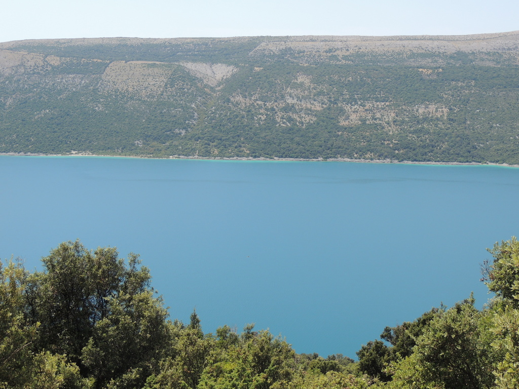 Crtica o Vranskom jezeru - hidrološkom fenomenu otoka Cresa